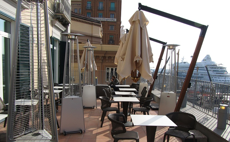 Неаполь - Кафе-терраса