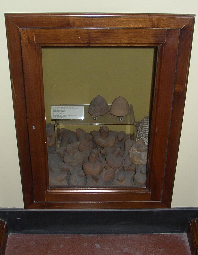 Помпеи - Пиписьки грудами лежат в музейных шкафах