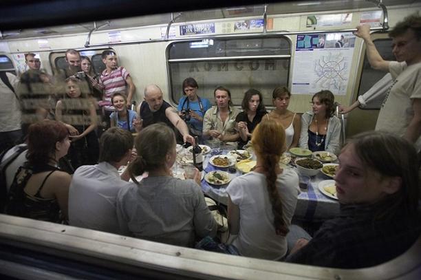 Частые поездки на метро вредны!