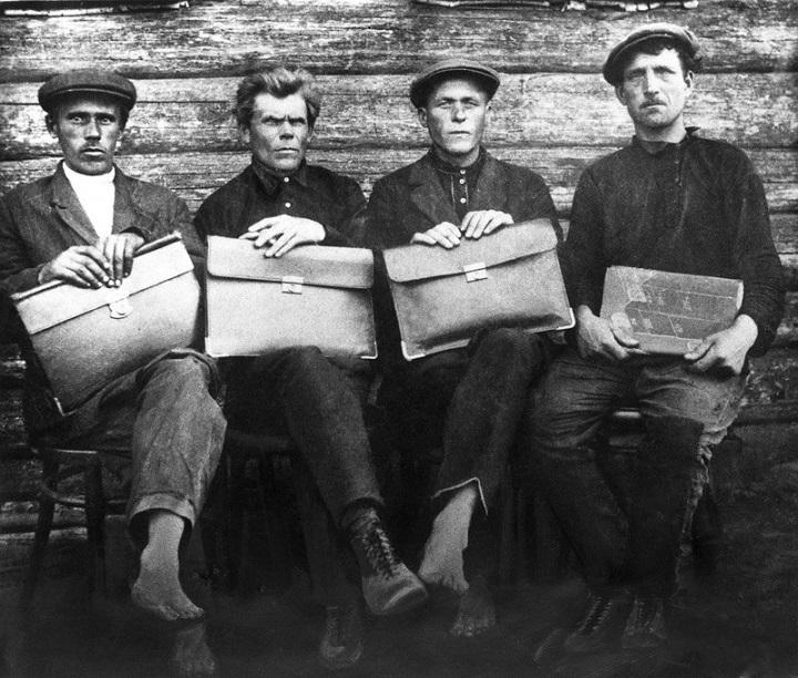 колгоспи україни в 1918-1940 роках широко используют для